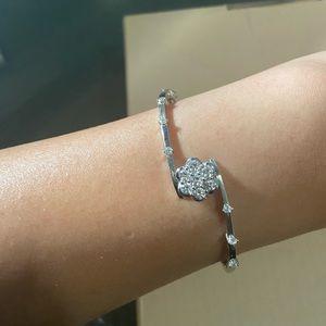 18k white gold flower bangle with diamonds